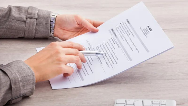 7 Things to Include in International Student's Resume