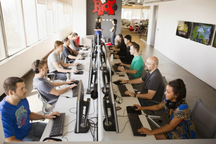 Riot Games Paid Internships for Summer